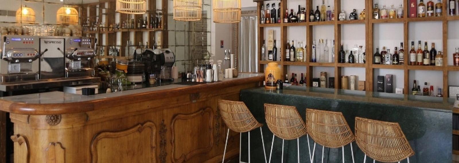 Brasserie Chic: Bar le Colonel