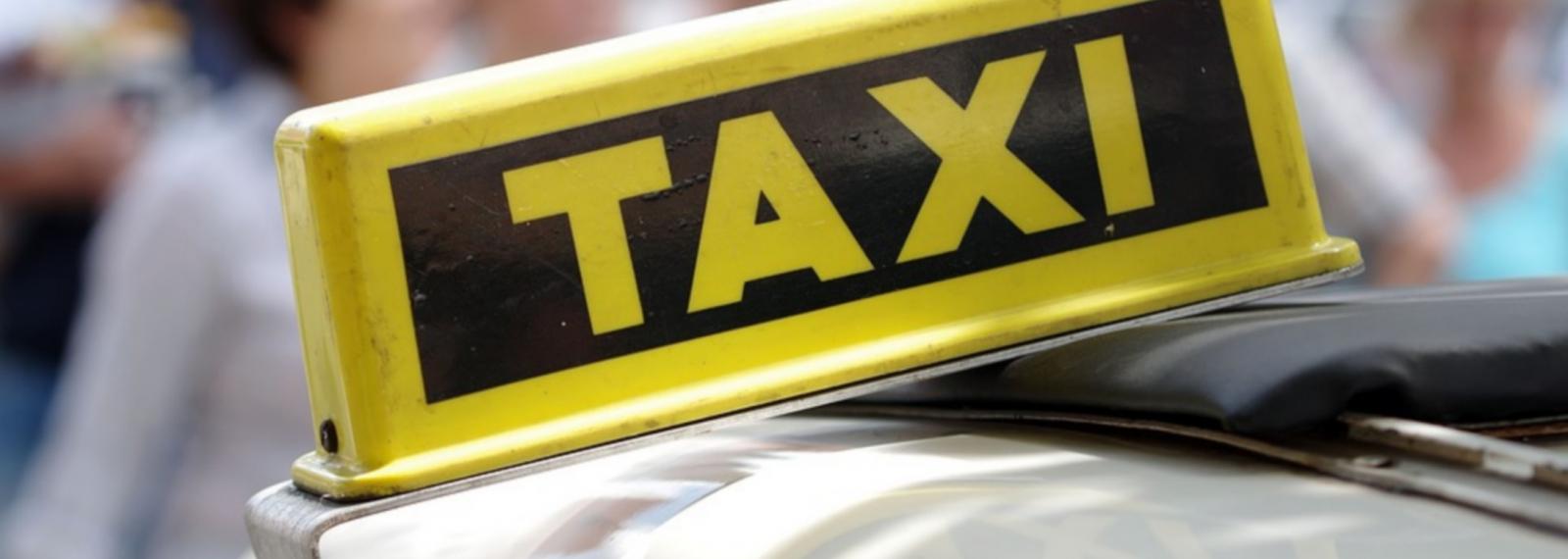 Taxi2Paradou