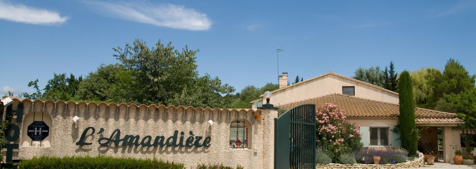 Hôtel L'Amandière à Saint-Rémy-de-Provence