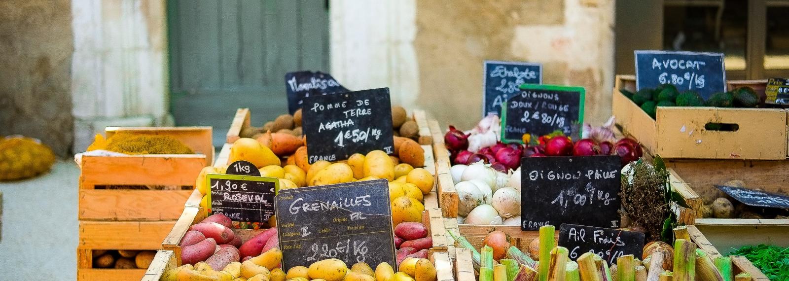 Marché provençal d'Eygalières