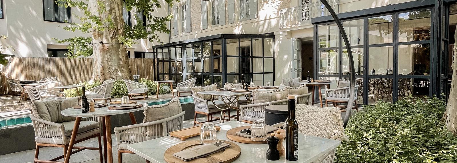 Hôtel Restaurant Sur les Braises à Saint-Rémy-de-Provence
